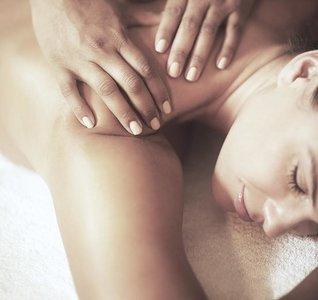 LAST MINUTE Carita Relax Body Massage ALLEEN GELDIG IN SEPTEMBER 2019